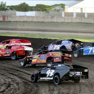 2012 Davenport Speedway Photo Dirt Racer Magazine J1 300x300 PRESS: Davenport Speedway Debuts New Track Website